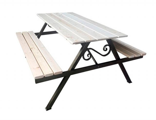 Купить дачный стол комплект Воронеж с деревянной столешницей. Купить недорогой деревянный дачный стол для приусадебного участка.
