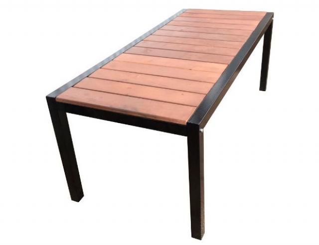 Купить садовый дачный стол Модерн Воронеж с деревянной столешницей. Купить недорогой деревянный стол для приусадебного участка, дачи.